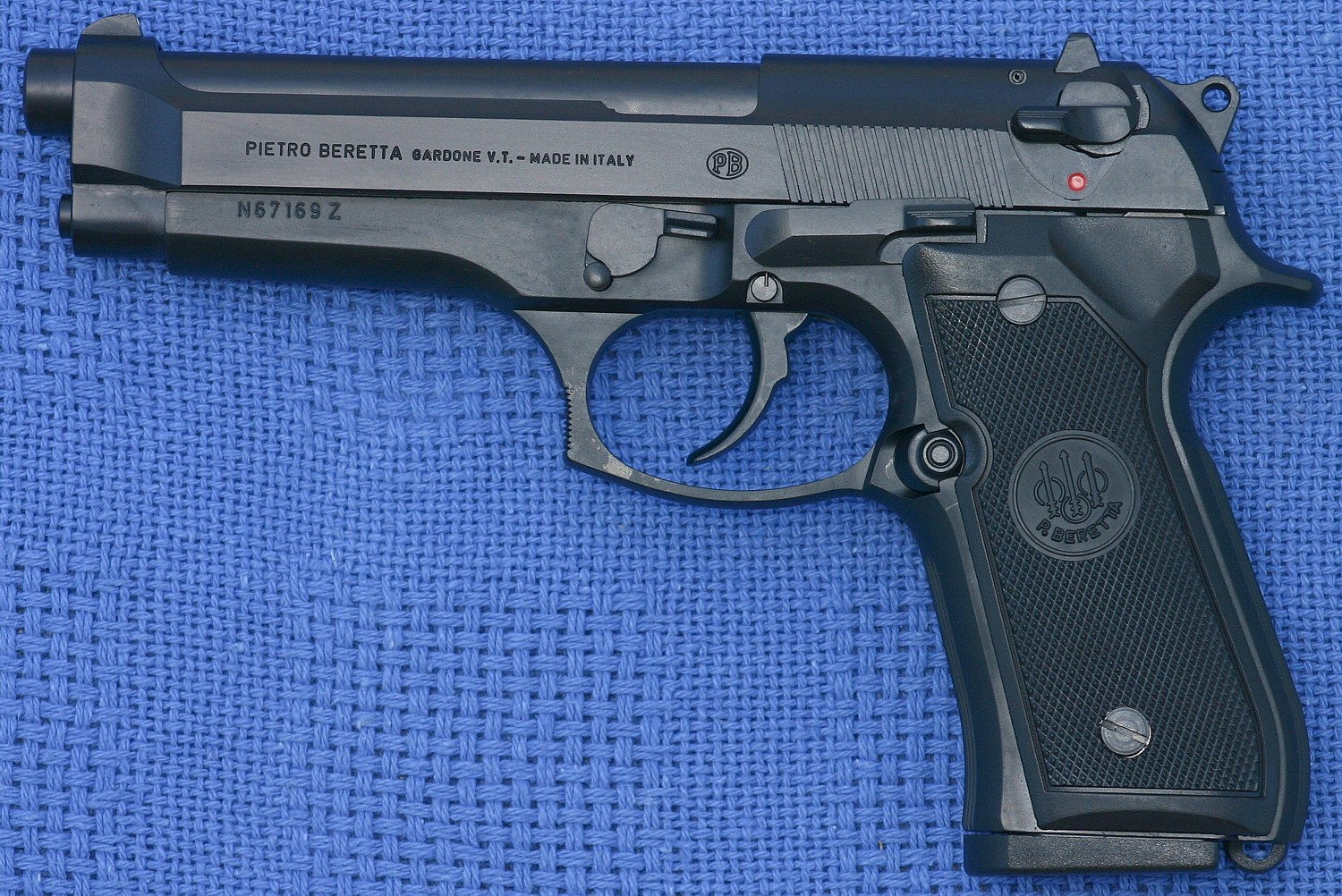 BERETTA 92 FS 9mm NEW One of the best 9mm around, a top performer